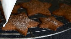 NOMU's Festive Gingerbread Cake Gingerbread Cake, High Tea, Super Easy, Festive, Desserts, Recipes, Food, Tea Time, Postres