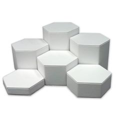 Hexagonal Display Set [white]:  http://www.triodisplay.com/catalog/product_info.php?cPath=21_24_id=96