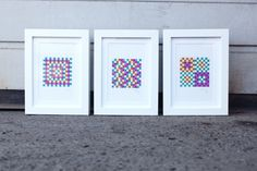 Batch of 3 framed drawings / Geometrical pattern - Contrasting and bright colors - 10x15cm - postcard size - Alcohol marker - Lea Burrot de la boutique LBxLB sur Etsy  #drawing #dessin #handmade #faitmain #original #colors #pattern #collection #art #illustration #postcard #geometrical #geometry #opart #berlin #leaburrot #LBxLB #street #contrast #shapes #optical #illusion