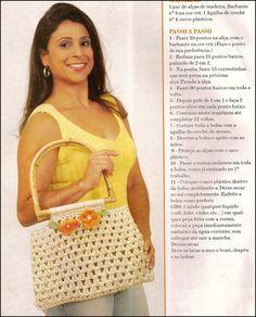 Bolsa de croche enriquecida com flores   passo-a-passo com barbante endurecido   -clique na imagem para ampliar-            A bolsa feminin...