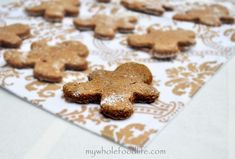 Healthy Gingerbread Cookies | My Whole Food Life. I'll try my version with oat flour and quinoa flour :). Yippee.