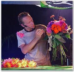Hans Zijlstra uit Groningen. http://www.bloemen-zijlstra.nl/