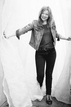 Sarah Snook as Hannah Tanner Sarah Snook, Twins, Hipster, Punk, Photography, Christmas, Women, Style, Fashion