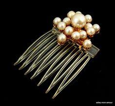 1940's+Faux+Perlen+Stern+Haarkamm+Haarschmuck+von+adieu-mon-amour+auf+DaWanda.com