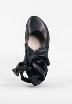 3eb26a1490c Trippen Demeter Closed Toe Sandal in Black
