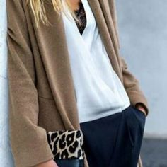 LoLoBu - Women look, Fashion and Style Ideas and Inspiration, Dress and Skirt Look Looks Chic, Looks Style, Style Me, Trendy Style, Style Blog, Fashion Mode, Look Fashion, Womens Fashion, Fashion Trends