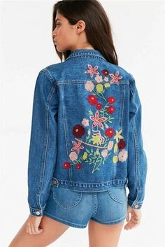 New hot fashion denim jackets women blue denim jacket floral embroidery casual coats chic women fall clothing style denim coat Denim Jacket Fashion, Denim Coat, Embroidered Denim Jacket, Fall Fashion Outfits, Vintage Denim, Vintage Jacket, Mantel, Dame, Jackets For Women