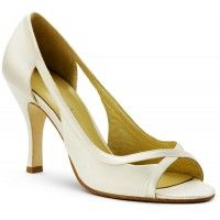 The Grace Sienna Bridal Shoes in Ivory. $49.99 #cheapweddingshoes #bellissimabridalshoes