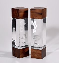 Bespoke crystal and wood recognition awards. Plaque Design, Sign Design, Shoe Store Design, Trophy Display, Acrylic Trophy, Glass Awards, Acrylic Awards, Trophy Design, Displays