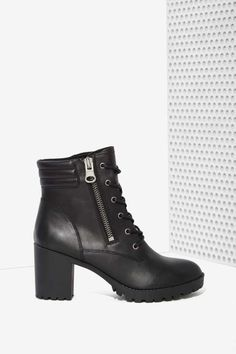 Steve Madden Noodles Leather Boot - Boots