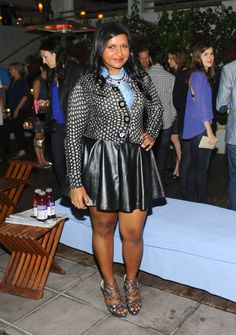 My Style Inspiration: Mindy Kaling - Curvy Girl On a Budget Curvy Fashion, Plus Size Fashion, Fashion Beauty, Ladies Fashion, Skinny Celebrities, Cool Outfits, Summer Outfits, Mindy Kaling, Full Figured Women