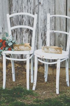 Rustic wedding decor @weddingchicks
