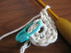 Reading Crochet: How to Count Chains and Stitches and Where to Put Your Hook | Crochet Your Way