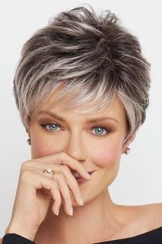 kurze Frisuren - Crushing On Casual by Raquel Welch Wigs - Lace Front, Monofilament Wig Short Grey Hair, Short Hair With Layers, Short Hair Cuts For Women Thin, Short Hair Over 50, Layered Hair, Grey Short Hair Styles, Hippie Hair Short, Grey Hair Over 50, Best Short Haircuts