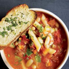 Tomato Minestrone Soup with Garlic Bread Croutons