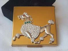 SUPERB VINTAGE ELGIN AMERICAN POWDER COMPACT WITH JEWELLED POODLE C1950
