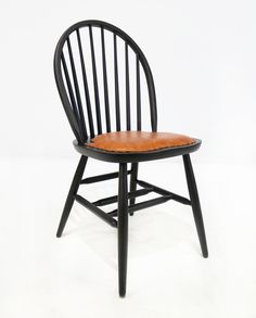 Traditional Chairs, Traditional Furniture, Dining Chairs, Home Decor, Decoration Home, Classic Chairs, Room Decor, Dining Chair, Home Interior Design