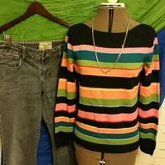 LeapDaySALE ! Stripe Sweater 20% off bundles EUC But no tags. No pilling or wear. Measures 18.5 inches across flat and 23 inches long Sweaters
