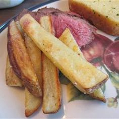 Best Baked French Fries, this one has a little sugar to release liquid from the potatoes, interesting! Potato Side Dishes, Veggie Dishes, Vegetable Recipes, Vegetarian Cooking, Vegetarian Recipes, Cooking Recipes, French Fry Recipe Baked, A Food, Good Food
