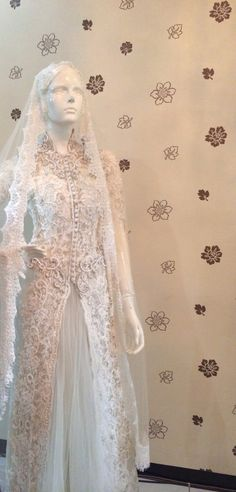 White kebaya by elok rege #kebaya #wedding