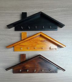 Cell Phone Depot Ec on - woodworking projects Woodworking Toys, Woodworking Projects Diy, Unique Woodworking, Diy Home Crafts, Wood Crafts, Decoration Palette, Wooden Key Holder, Small Wood Projects, Diy Upcycling
