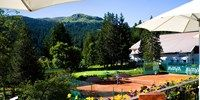 Enjoy a game of #tennis at the Sporthotel Valsana, Arosa in the Swiss moutains #Switzerland #summer @Sporthotel Valsana  http://en.valsana.ch/