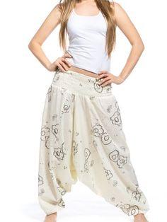 Брюки афгани – очень популярны у молодежи и сочетают восточную экзотику и европейский комфорт. Шаговый шов у брюк сильно занижен. Выкройка брюк афгани...