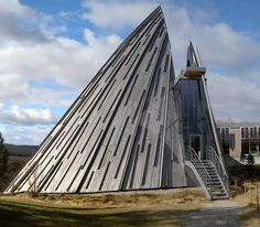 Sami Parliament, Karasjok, Norway. Astrogeographic position: in the highly defensive water sign Scorpio and the spiritual water Pisces indicator for the minority status of the Sami population in Norway.. Valid for field level 4.