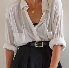 SOLD Vintage white rayon long sleeve double breasted blouse with front pockets best fits xs-m (relaxed-fitted). DM or comment for details. Aesthetic Fashion, Look Fashion, Aesthetic Clothes, Fashion Outfits, Womens Fashion, Fashion Hacks, Aesthetic Vintage, Fashion 2018, Aesthetic Art