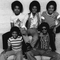 Back in the days - The Jacksons :) - Cuteness in black and white ღ  @carlamartinsmj