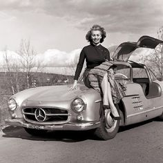 Sophia Loren and a Gull-Wing Mercedes Benz  Tags: vehicle, car, driving, photography