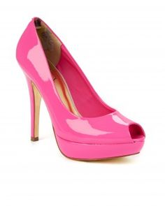 Saw these Ted Baker shoes in a window in Soho and I love 'em!