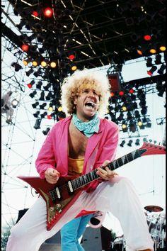 Van Halen 2, Van Halen 5150, Eddie Van Halen, Music Pics, Music Photo, 80s Music, Red Rocker, Sammy Hagar, We Will Rock You