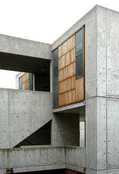 Salk Institute for Biological Studies. Concrete Architecture, Study Architecture, Facade Architecture, School Architecture, Residential Architecture, Louis Kahn, Building Facade, Building Design, Wood Interior Design