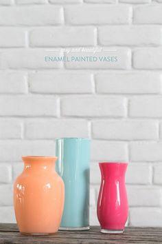 DIY: enamel painted vases, pintando los botes de cristal con pintura acrílica por dentro