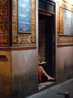 Madrid After Dark Photo by Michael Young -- National Geographic Your Shot Urban Life, Time Capsule, National Geographic Photos, Your Shot, After Dark, Amazing Photography, Shots, Madrid, City