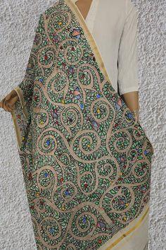 Saree Painting, T Shirt Painting, Mural Painting, Fabric Painting, Fabric Art, Pichwai Paintings, Indian Art Paintings, Madhubani Art, Madhubani Painting