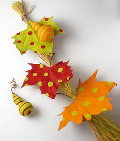 móvil hecho con hojas