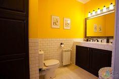 Желтая ванная, зеркало с подсветкой