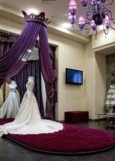 Wedding boutiques- A bit too purple for me but still pretty. Bet I could tweek it. Hmmm #dreamsdocometrue #wedding #lovemyj5