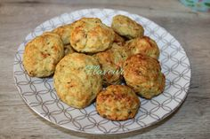 CHIFTELUTE DE PUI CU DOVLECEL Romanian Food, Toddler Meals, Toddler Food, Baby Food Recipes, Zucchini, Muffin, Breakfast, Diet, Recipes For Baby Food