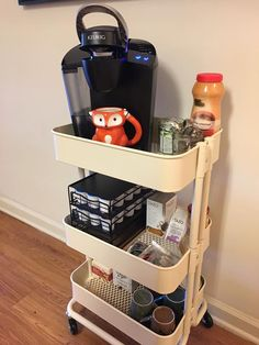 45 Creative Ways to Use a RÅSKOG Ikea Cart - Organization Ideas 45 Creative Ways to Use a RÅSKOG Ikea Cart. Get organized this year with the versatile, RÅSKOG Ikea Cart. It can be used anywhere in your house. Ikea Organisation, Studio Apartment Organization, College Organization Ideas, Dorm Closet Organization, Dorm Room Storage, Craft Organization, Ikea Raskog Cart, Ikea Cart, Small Apartment Hacks