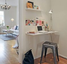 Great Home Office Ideas For Small Mobile Homes 19 Great Home Offices For Small Spaces and Mobile Homes Tiny Office, Small Space Office, Home Office Space, Home Office Design, Small Spaces, Hallway Office, Office Nook, Corner Office, Desk Office