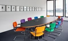 #Projekt #Gaertner Internationale #Moebel #Konferenzraum #Stuhl #Thonet