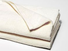 A bath sheet made from oh-so-soft air-woven cotton.