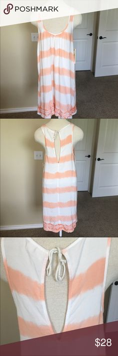 NWT Roxy Orange & White Cover Up/Summer Dress This is a gorgeous summer dress/cover up great for an evening or a day at the pool! Very soft material too but I would say it's a little see- through. Make an offer if interested and I'm happy to answer any questions! All my clothing comes from a pet free and smoke free home Roxy Swim Coverups