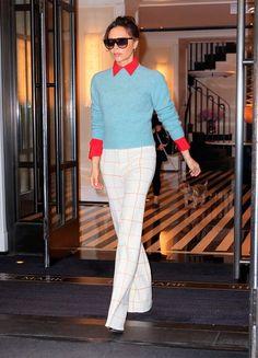 Victoria Beckham zeigt die 3 Top-Herbst-Farben für alle Frauen Ü40 Victoria Beckham, Stock Foto, Trends, Travel Style, Style Icons, Nice Dresses, Lace Skirt, Ideias Fashion, Dressing