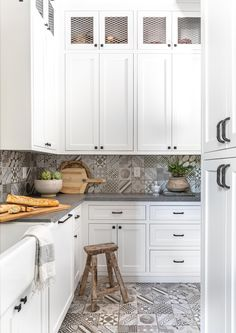 Butlers Pantry Italian Farmhouse, Granite Bay, Boutique Interior, Butler Pantry, Life Is Beautiful, Interior Decorating, Kitchen Cabinets, Interiors, Home Decor