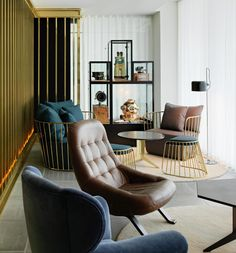 The Den in the Mondrian Hotel, London, England Tom Dixon, Mondrian, London Hotels, Pallet Furniture, Furniture Design, Restaurants, Loft House, Hotel Interiors, Elle Decor