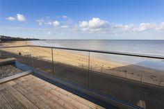 estilo minimalista estilo inglés estilo costero decoración sencilla decoración funcional Casas junto al mar casa de verano casa de la playa blog decoración de interiores beach house